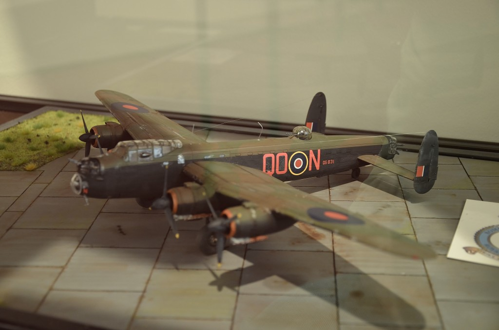 tent-tresoar-luchtoorlog-met-oa-spullen-van-wijlen-lewis-1