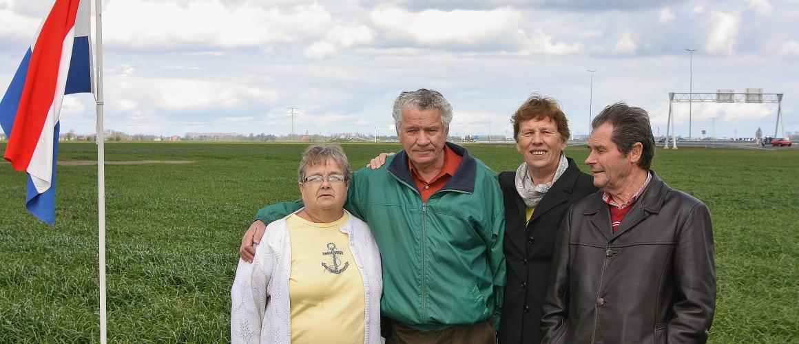2 Mei 2015 Canadese nabestaande, Merry Wester bezoekt crashsite