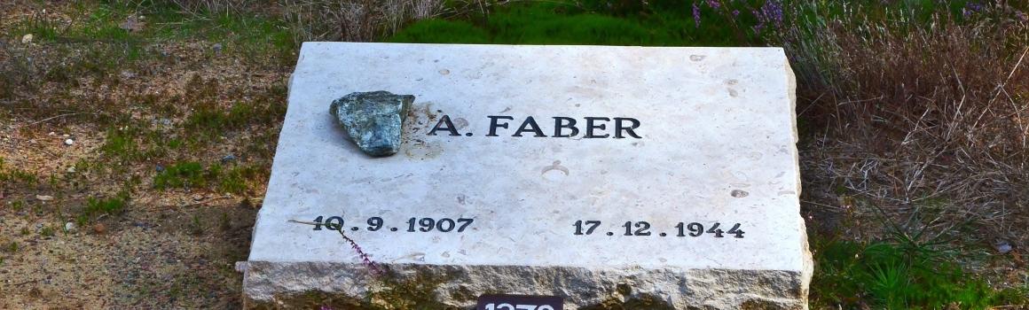 Graven van Faber en Frossink op het nationaal ereveld te Loenen